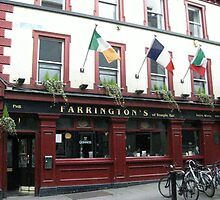 Farringtons Pub, Temple Bar, Dublin by heartyart