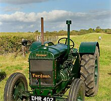 1942 Model N Fordson vintage tractor by buttonpresser
