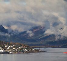"Sandbank, Dunoon, from across ""The Water"" of Clyde by PhotobyOve"
