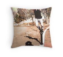 parkour is easy I promise! Throw Pillow