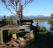 Nice spot for brekkie! by PhotosByG