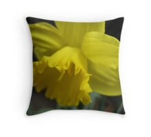 A Host of Golden Daffodils Throw Pillow