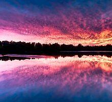 Wagardu Lake. by Jonathan Stacey