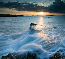 Archerfield Surf by Graham Stirling