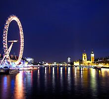 Thames by night by Emilie JJ