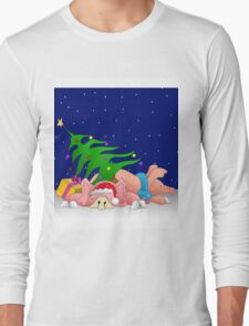 Pigs with tree waiting for Christmas for throw pillows Long Sleeve T-Shirt