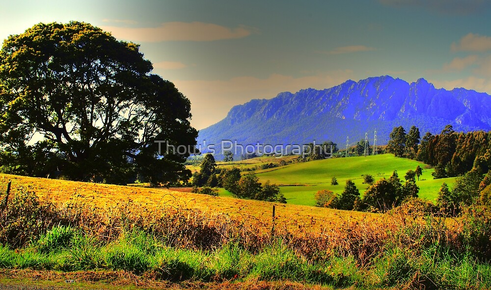 Mt Roland Sheffield Tas HDR by Thow's Photography .