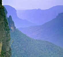 Bush Fire Haze - Grosse Valley, Blue Mountains NSW, by graphicscapes