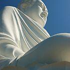 Nha Trang Buddha by MikeyLee