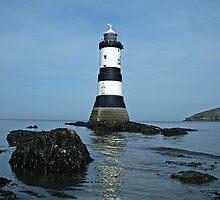Penmon Point Lighthouse, Anglesey by jdphotos