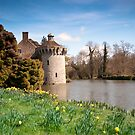 Springtime at Scotney Castle: Kent by DonDavisUK