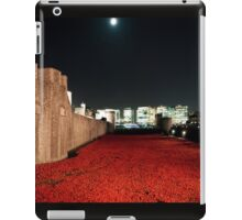 Poppies at the Tower of London - At Night with the Shard. iPad Case/Skin