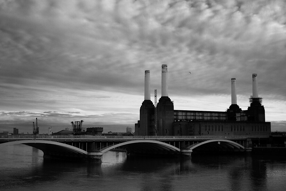 Battersea Power Station by Yannick Verkindere