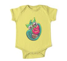 Who Loves Cupcakes One Piece - Short Sleeve