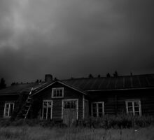 An Abandoned House Awaits The Storm by SunDwn