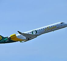 Horizon Airlines University of Oregon Ducks  by Bob Hortman