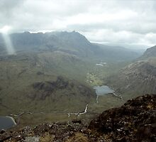 A single sunbeam in the cuillins, by martincanale