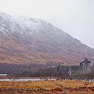Kilchurn Castle, Scottish Highlands by Richard Keech