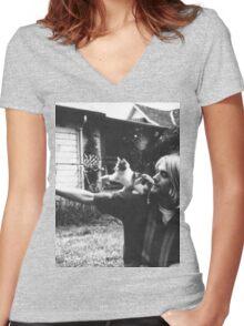 Kurt Cobain w/ a cute cat Women's Fitted V-Neck T-Shirt
