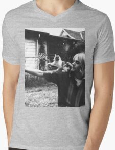 Kurt Cobain w/ a cute cat Mens V-Neck T-Shirt