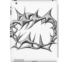 Crown of thorns Black and White iPad Case/Skin