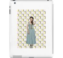Belle French / Belle Gold Book And Cup Design (OUAT) iPad Case/Skin