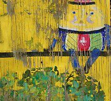 Humpty Dumpty Sat On The Wall..... by wiscbackroadz