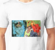 The most random photo in the world  Unisex T-Shirt