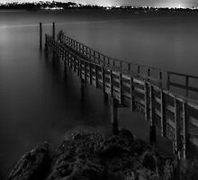 Pêcheur de nuit by Peter Denniston