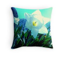 Electric Daffodil - Altamont Gardens Co. Carlow Throw Pillow