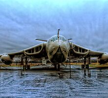 Handley Page Victor - Lusty Lindy by chrismcloughlin