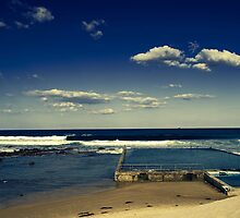 Public Pool - NSW coast Australia by TMphotography