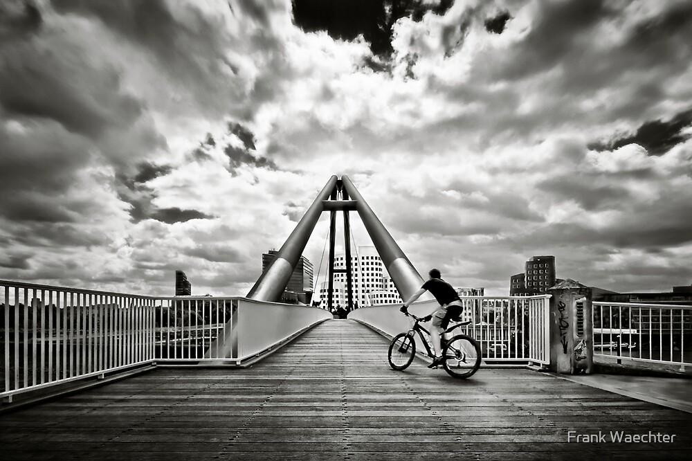 Urban Race   01 by Frank Waechter