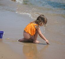 Child playing in sand - Whitefish State Park, Door County, Wisconsin by Nancy Grubb