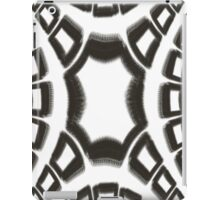 Black and White Fractal Design iPad Case/Skin