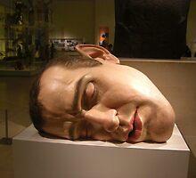 Giant head by kezbomb