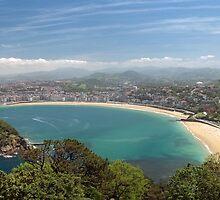 San Sebastián panorama by Chris Allen