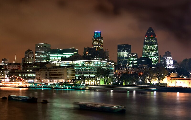 London Skyline at nigh...