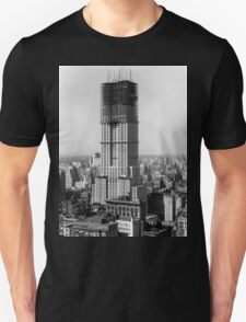 Construction of the Empire State Building - c. 1930 T-Shirt