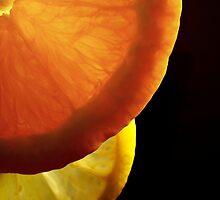 Shining  fruit slices  by Eugenio