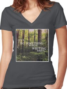 Do Something Worth Writing Women's Fitted V-Neck T-Shirt