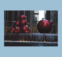 A Christmas Card from New York City - Manhattan Skyline Reflecting in Giant Red Balls Kids Clothes