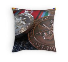Blueys Medals Throw Pillow