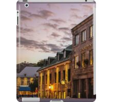 Walk Thru Place Jacques-Cartier  iPad Case/Skin