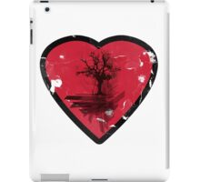 Love Nature - Grunge Tree and Heart - Earth Friendly T Shirt iPad Case/Skin