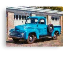 Truck - An International old truck Canvas Print
