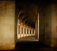 Hallowed Hall by Lois  Bryan