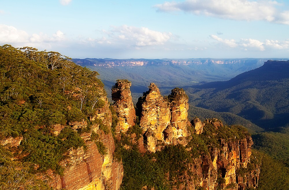 3 sisters in the late afternoon, Katoomba by JoshuaStanley