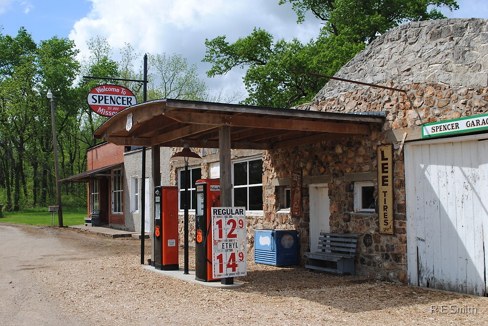 Route 66 Gas Station and Garage by R.E Smith