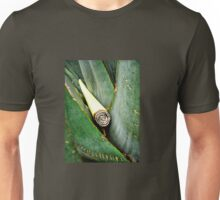 IN ITS GREEN HEARTH Unisex T-Shirt